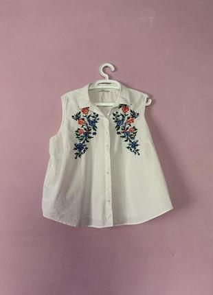 Стильная белая блуза с вышивкой летняя натуральная ткань хлопок коттон цветы