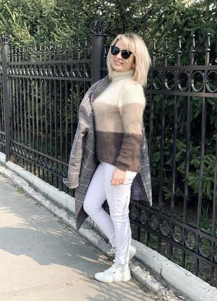 Вязаный свитер ангора