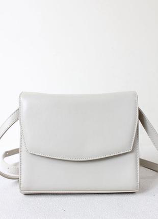 Светлая сумка кроссбоди (италия)