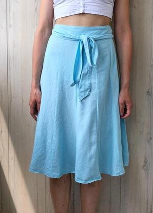 Голубая льняная юбка миди
