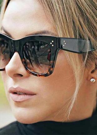 Солнцезащитные очки женские квадратные леопардовые