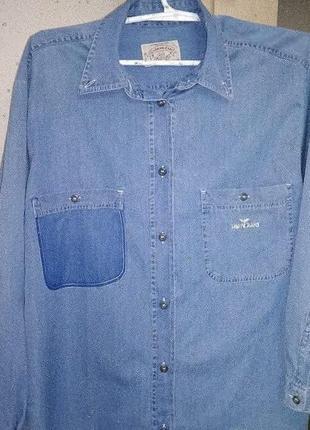 Женская рубашка armani jeans.