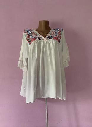 Стильная блуза натуральная ткань с вышивкой свободная вискоза