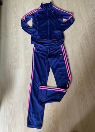 Спортивный женский костюм adidas climate