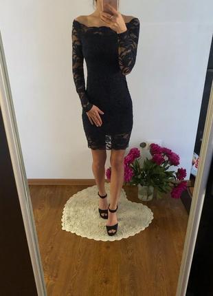 Гіпюрова сукня