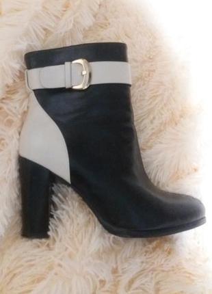 Ботинки демисезон от taccardi