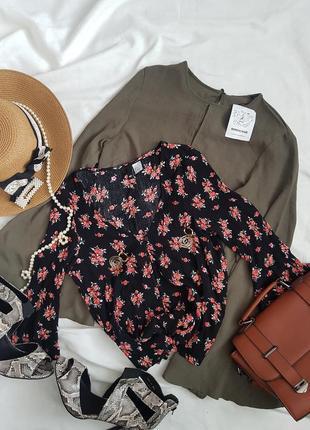 Шикарна блуза топ у принт квітів від h&m
