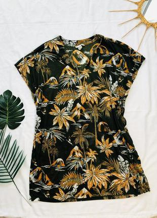 Легкая футболка оверсайз с пальмами