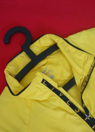 Куртка ветровка nike оригинал размер m