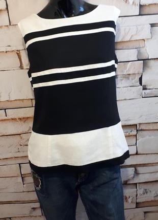 Качественная блуза из льна и вискозы.