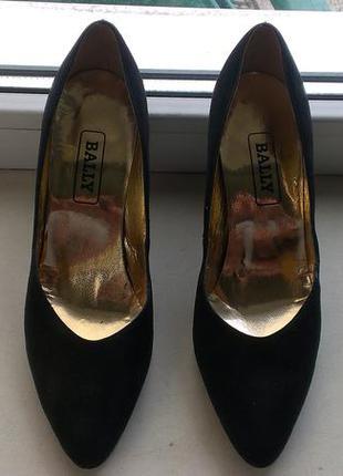 Замшевые туфли bally