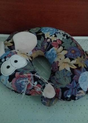 Подушка декоративная диванная мышка