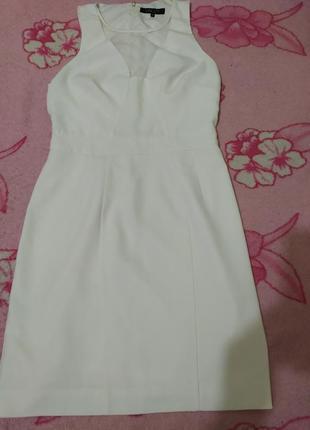 Белое платье incity