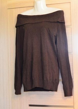Фирменный свитер открытые плечи /распродажа