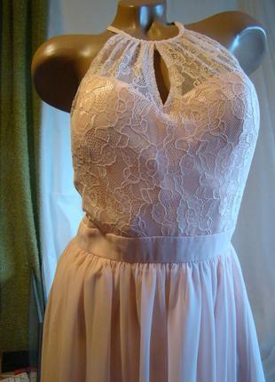 Нарядное новое платье в пол