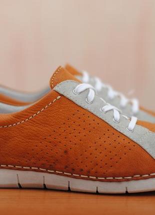 Морковные кожаные кроссовки, кеды artigiano, 40 размер. оригинал