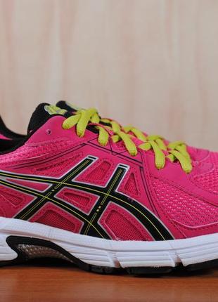 Розовые беговые кроссовки asics, 39.5 размер. оригинал