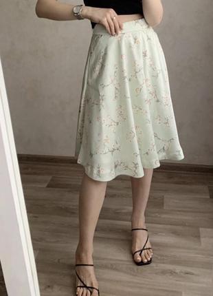 Фисташковая юбка миди