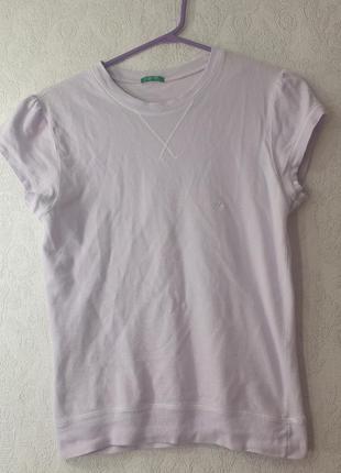 Лавандовая футболка benetton лиловая