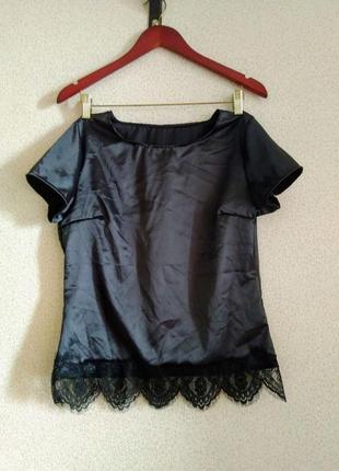 Блузка футболка атласная с кружевом реснички