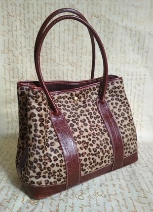 Кожаная сумка в леопардовый принт, анималистический рисунок
