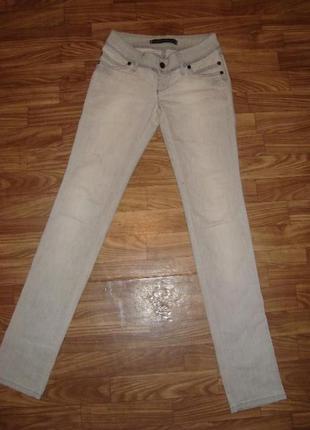 Стильные классные джинсы узкачи!