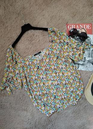Актуальная блузка на пуговицах и завязках/блуза/кофточка