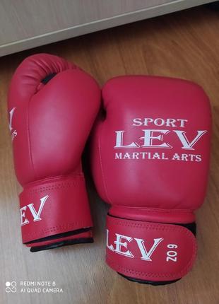 Боксерские перчатки lev 6oz