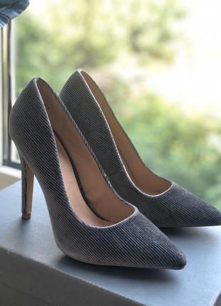 Туфли-лодочки серые new look велюровые