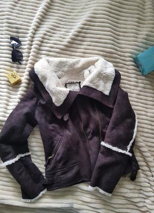 Курточка с меховой подкладкой