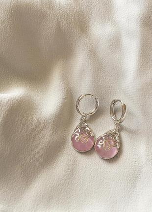 Серебряная серьги с розовыми камнями