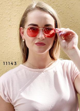Солнцезащитные очки с красными линзами к.11143