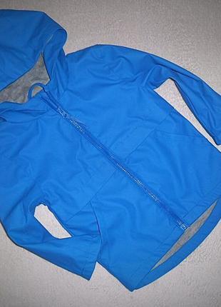 Куртка на трикотажной подкладке urban на 3-4 года.