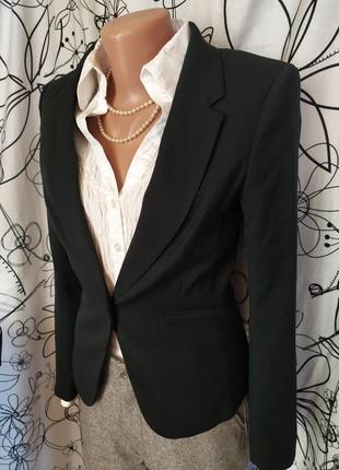 Изумрудный пиджак 32%вискоза,новое состояние
