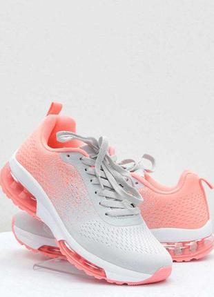 Жіночі кросівки jomix