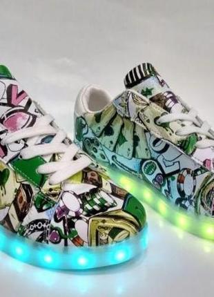 Кроссовки со светящейся подошвой led с рисунком размер 39 {24,5см}