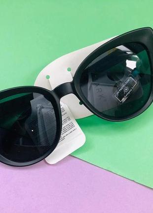 Модные солнцезащитные очки примарк