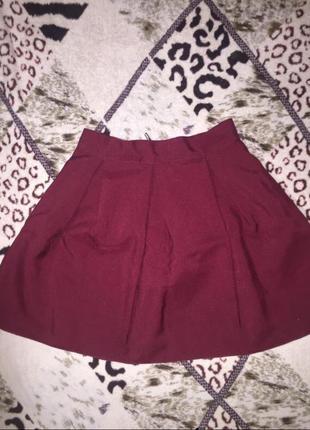Бордовая юбка-солнце