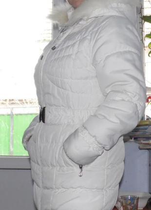 Пуховик белый