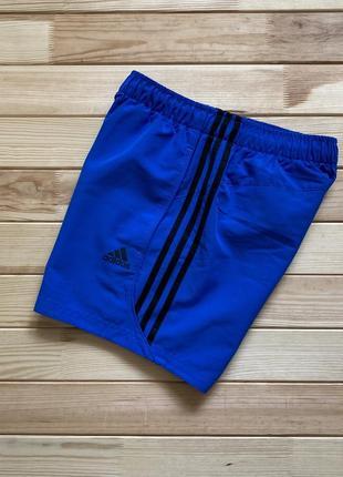 Очень крутые шорты adidas essentials climalite (спортивные, пляжные, плавательные)