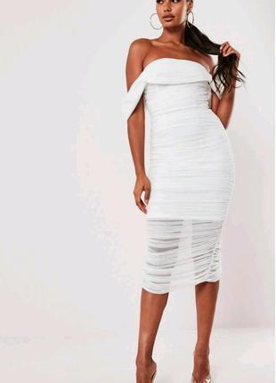 Белое платье сеточка на плечи missguided