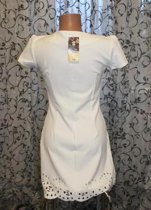 Милое белое платье 2019