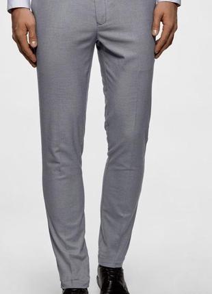 Стильные , зауженные мужские брюки фирмы jeff banks