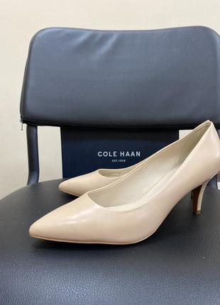 Новые классические туфли-лодочки {цвет nude}