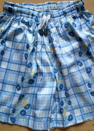 Красивые женские шорты reebok в идеальном состоянии