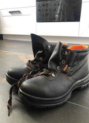 Рабочие ботинки vitaliya