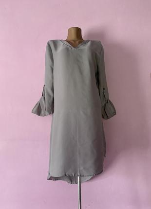 Стильная удлинённая серая блуза с рукавчиком летняя