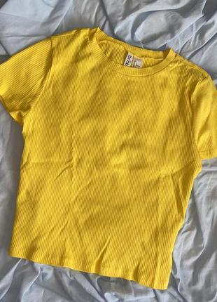 Майка топ рубчик новый футболка желтая h&m кроп базовая