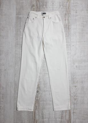 Белые базовые джинсы мом плотные stooker высокая посадка
