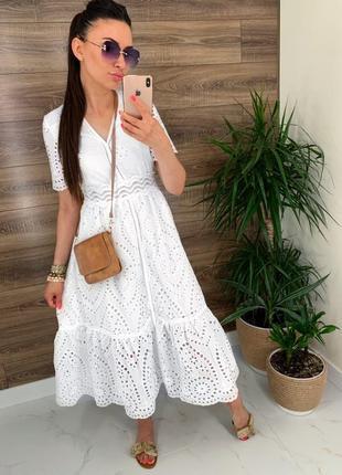 Белоснежное платье прошва